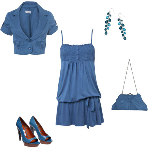 ملابس باللون الأزرق images-5828f43c4433.jpg