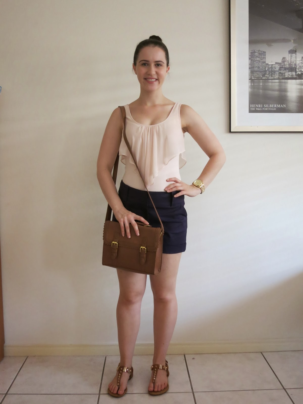 petite outfit, everyday outfit, college outfit, university outfit, blush and navy, navy tailored shorts, blush bodysuit, what to wear with a bodysuit