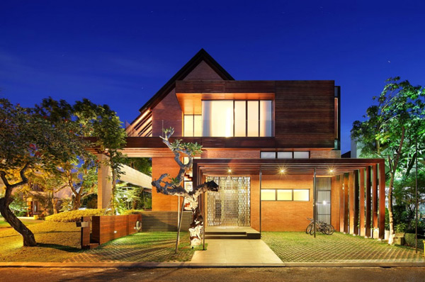 Indonesia Luxury Homes Living Large Site With A Small