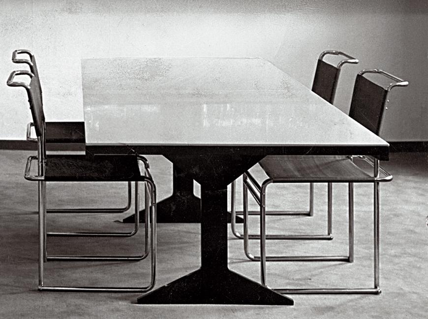 hartz iv m bel piscator table. Black Bedroom Furniture Sets. Home Design Ideas