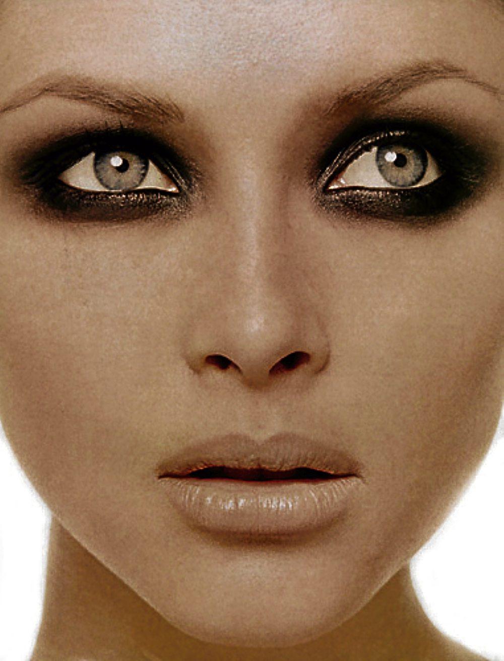 Raccoon Eyes Makeup Related Keywords & Suggestions ... Raccoon Eyes Makeup