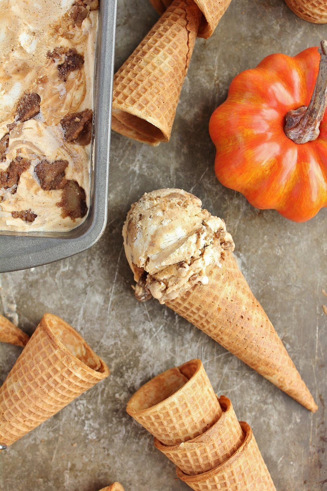 Pumpkin Cinnamon Roll Ice Cream