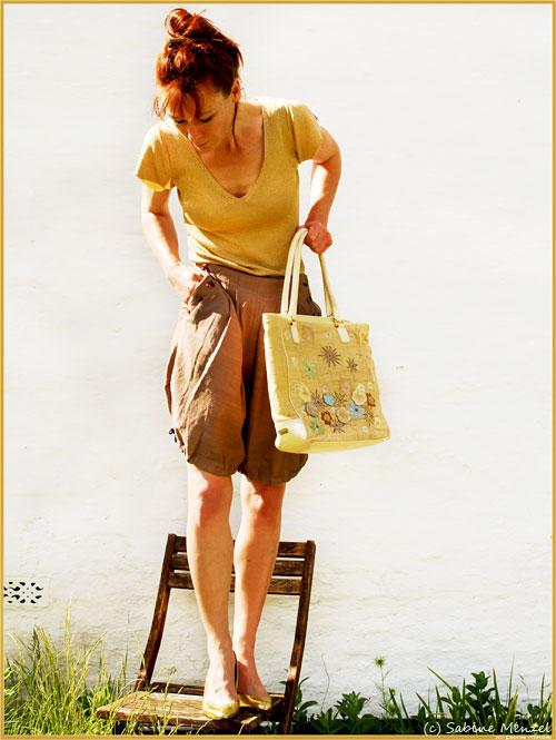 Psynopsis Bruno Frisoni Gold Shoes Lambertson Truex Bag Frangipani Bloomers
