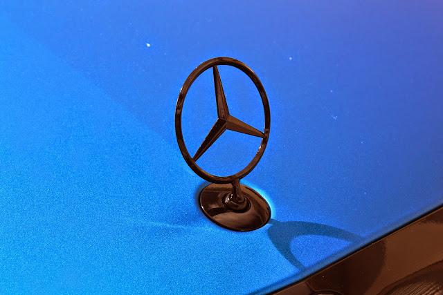 mercedes star logo