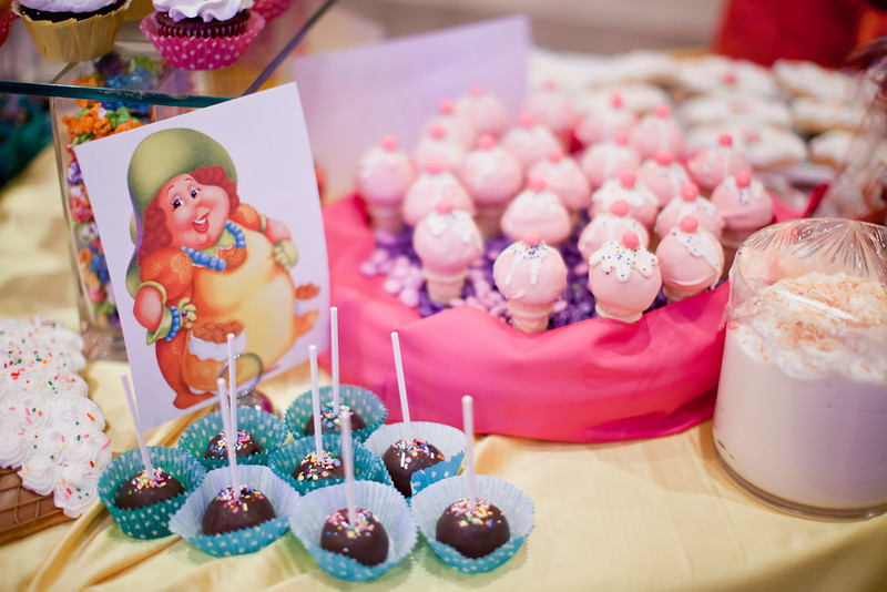 Chic creations events baby shower theme candy land - Candyland party table decorations ...
