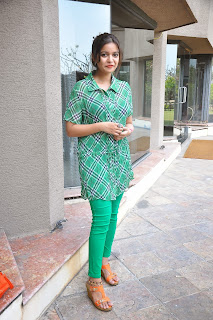 Swathi Reddy Pictures at South Scope Calendar 2014 Launch  252835).jpg