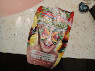 Montagne Jeunesse Fruit Smoothie Mask Raspberry & Mango Review, montagne jeuness face mask, face mask, facial