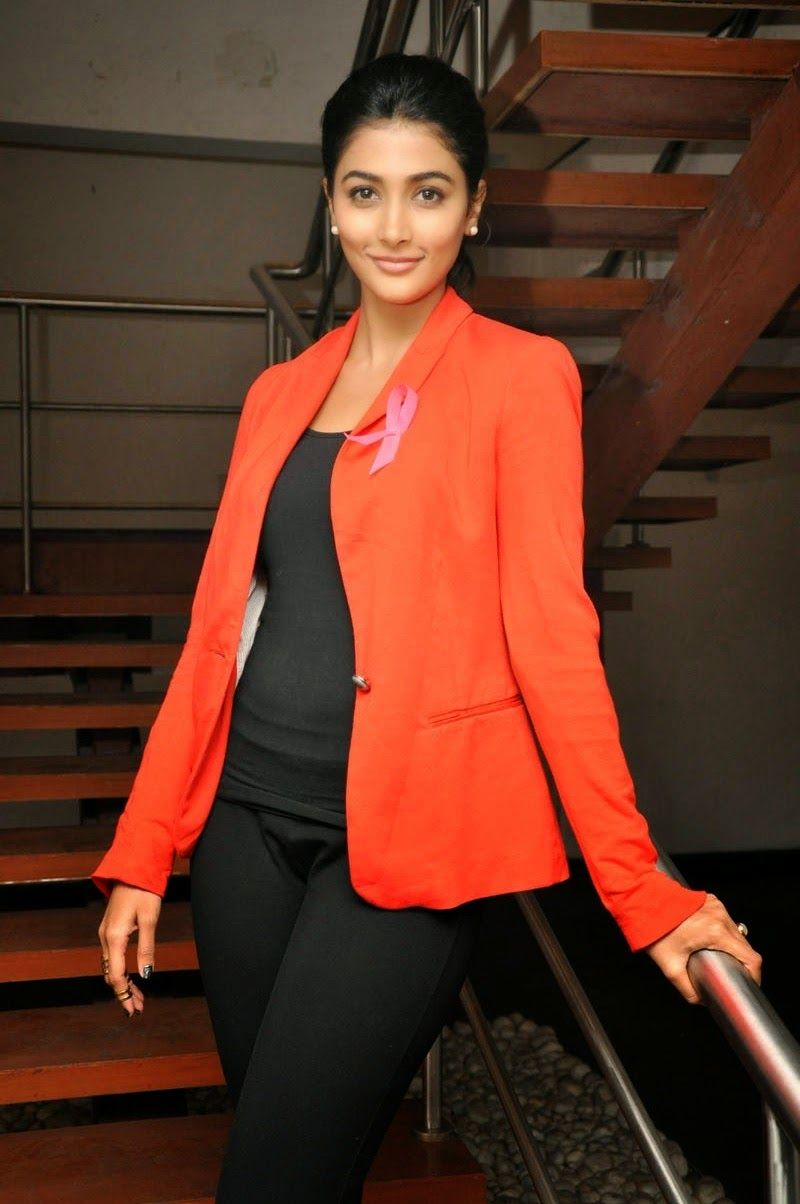 Pooja Hegde Latest Glamorous Photo In Orange Color Suit