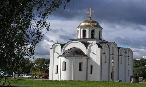 Charm of an Outcast: 10 Must See Destinations in Belarus Vitebsk Belarus