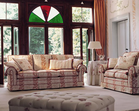[Italian patriot's living room with Venetian furniture]