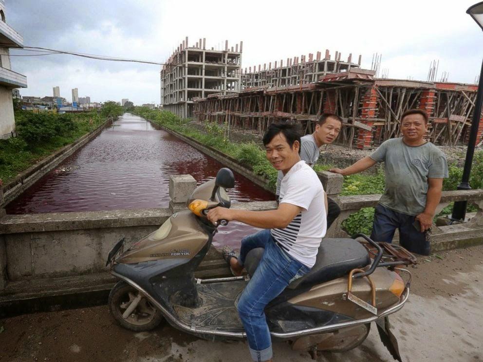 red-river-china-bridge-view
