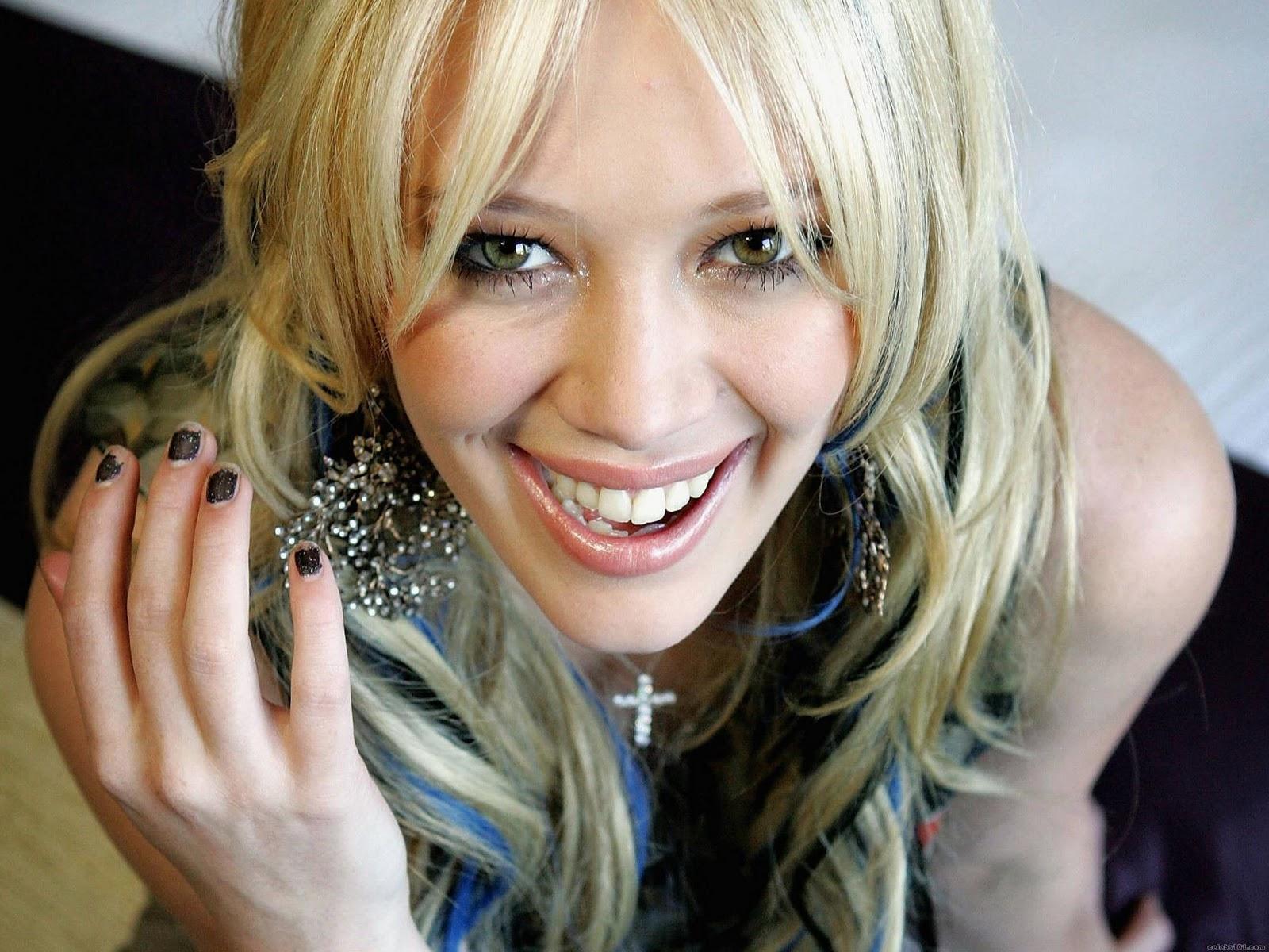http://2.bp.blogspot.com/-_lMl6jLJ4kM/TyfpcfayAdI/AAAAAAAAFFI/C4shAsAeXog/s1600/hilary-duff-skinny.jpg
