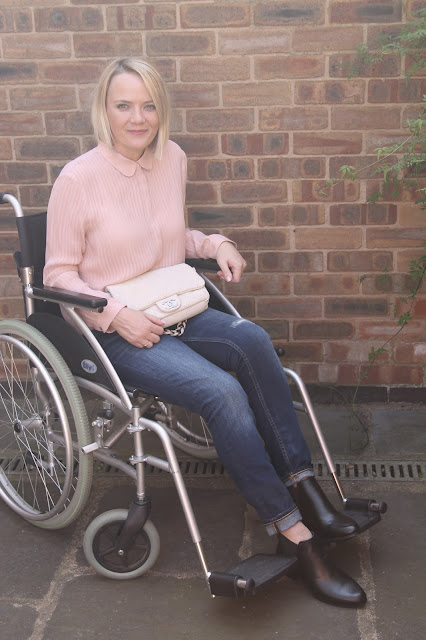disabled blogger, fashion wheelchair