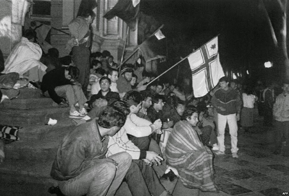 hunger strike in front of the Parliament building. April 1989