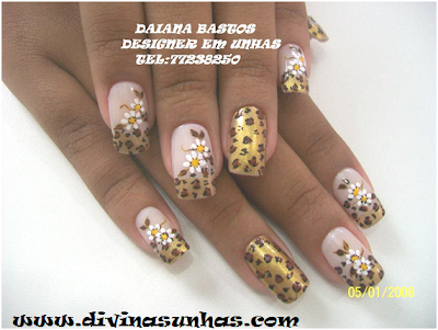 unhas-decoradas-margaridas-leitoras5