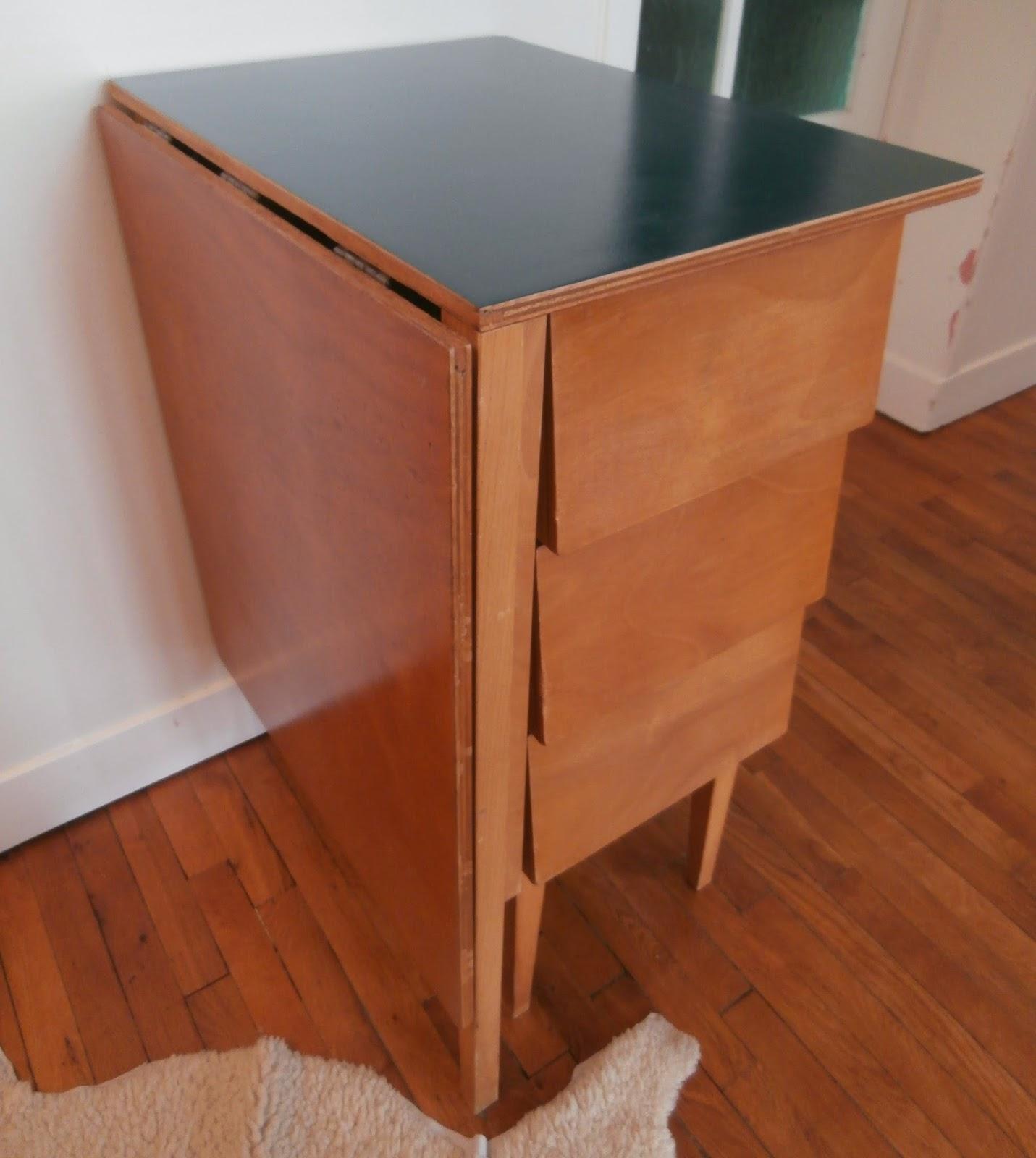 dur e de vie ind termin e petit bureau pliable bleu p trole. Black Bedroom Furniture Sets. Home Design Ideas