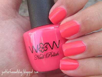 Wow Cosmetics 318 - Neon Pink Nails