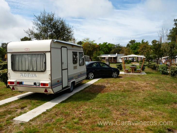 Caravaneros camping sylvamar 5 estrellas en las landas for Camping en las landas con piscina cubierta