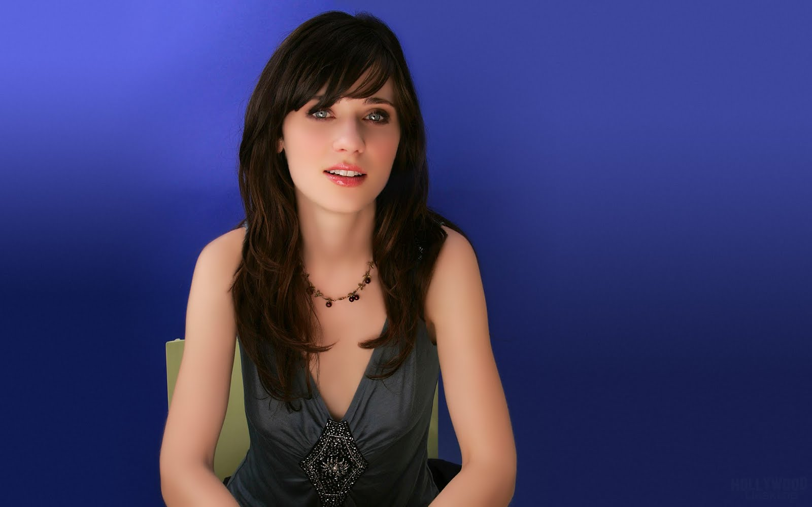 zooey deschanel hot 1920 - photo #11