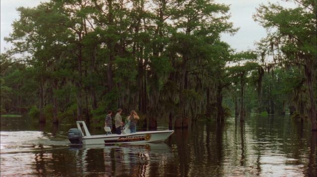 Hình ảnh phim Đầm Lầy Cá Mập