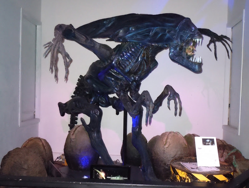 Alien Queen first edition replica