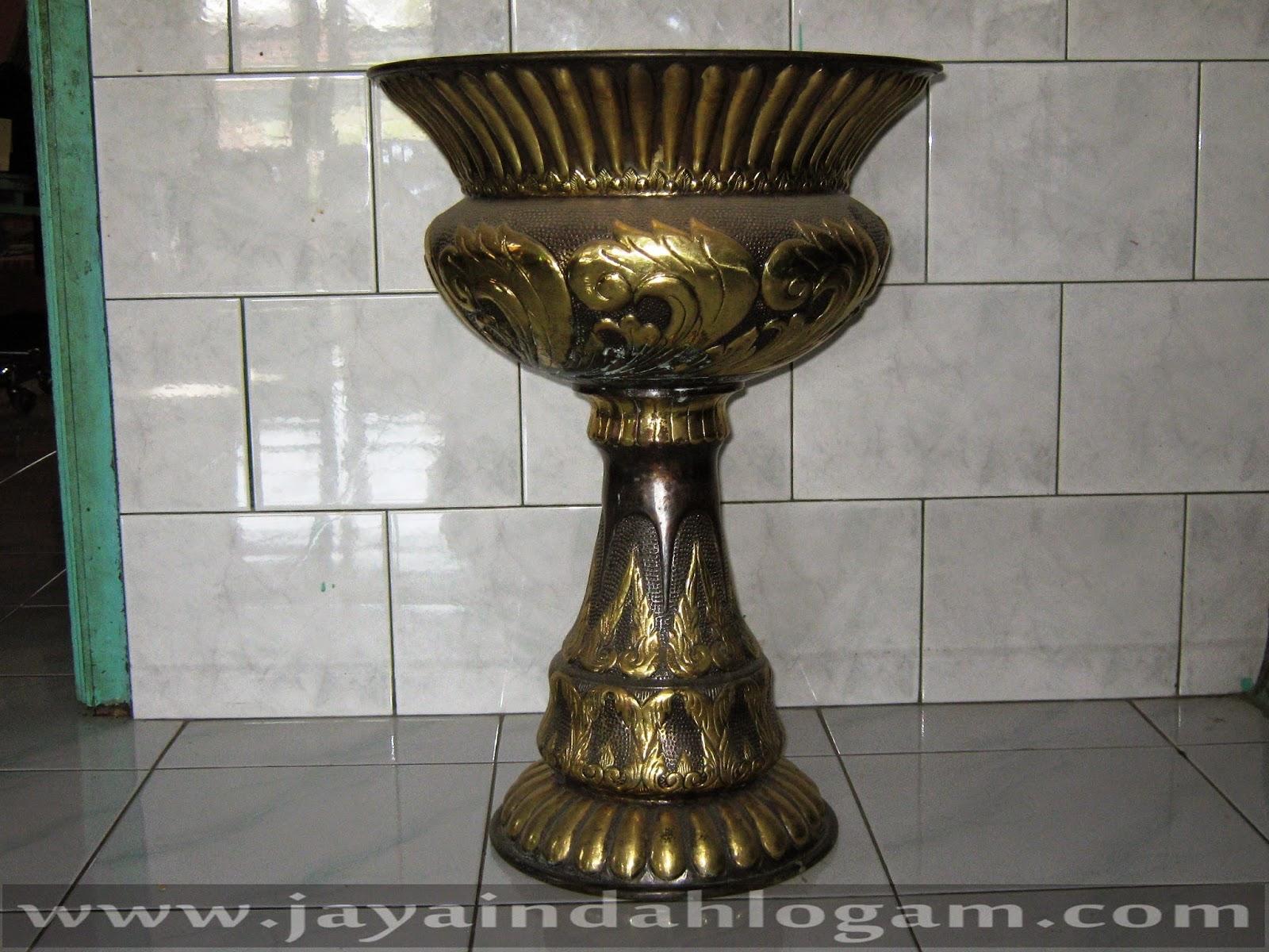 http://www.jayaindahlogam.com