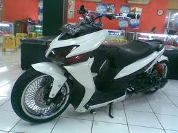 Modifikasi Motor Vario 2013