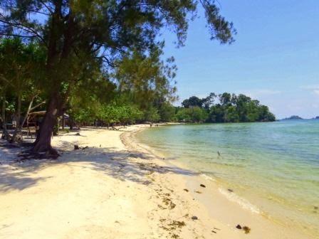 Pantai melur : wisata alam di batam yang indah