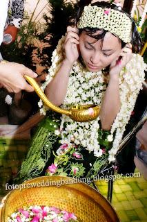 photo acara siraman pengantin sunda