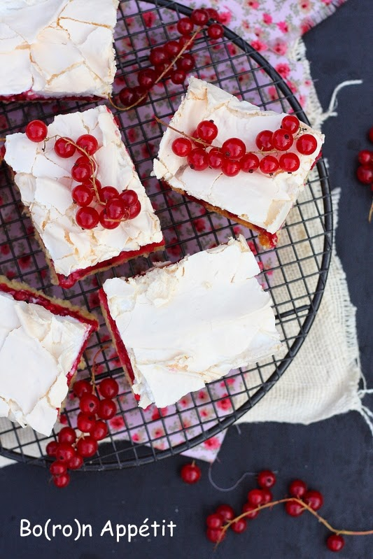 Ciasto z porzeczkami i bezą