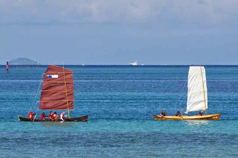 2 sailing sabani boats, racing