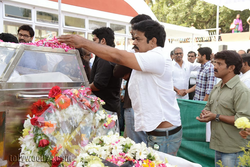 Last Regards to Akkineni Nageswara Rao-HQ-Photo-5