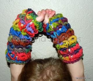 Swirls and Sprinkles: Crochet broomstick lace fingerless gloves pattern.