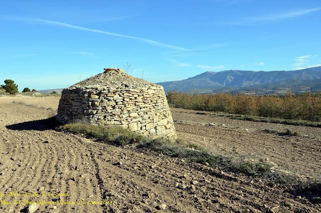 barraca-piedra-mas-olmo-ademuz
