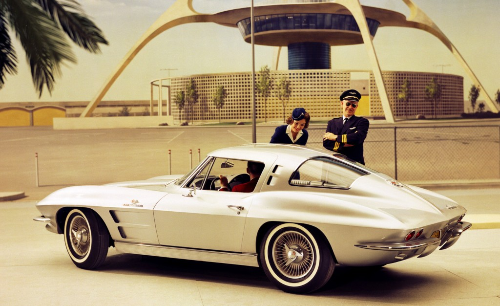 Old Cars Canada: 1963 Chevolet Sting Ray