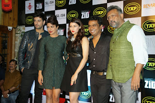 Priyanka Chopra at Zid Music success bash with Mannara and Karanvir (7).JPG
