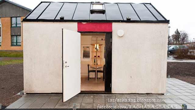 Fachada de casa muy peque a 12 metros cuadrados fachadas de casas y casas por dentro - Casas muy pequenas ...