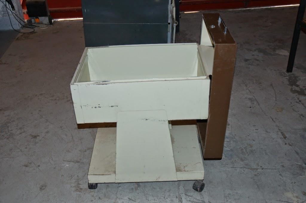Steeloft meuble porte dossiers roulant for Meuble bureau jec