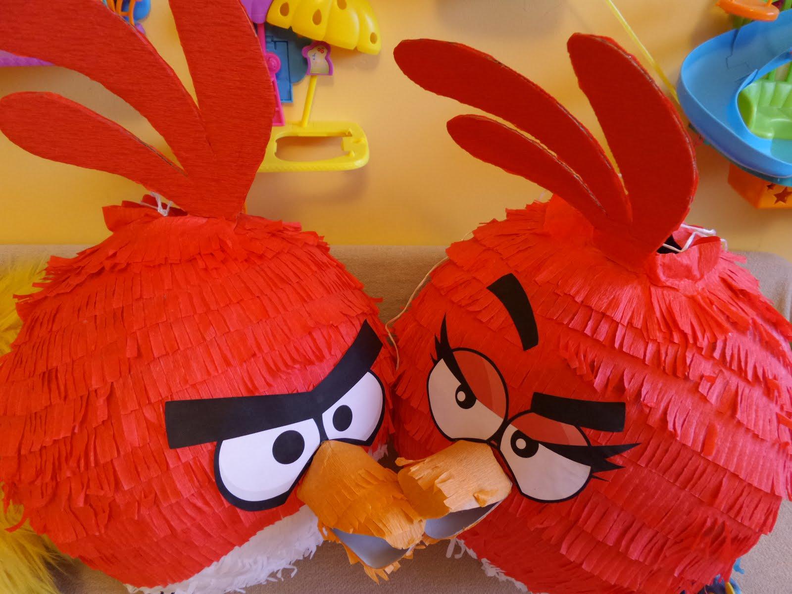 Czerwona pinata Angry Birds