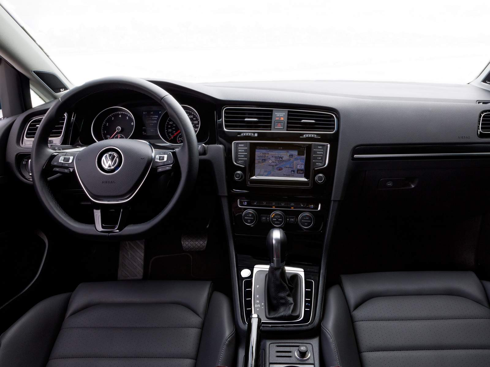 VW Golf Variant 2016 - interior