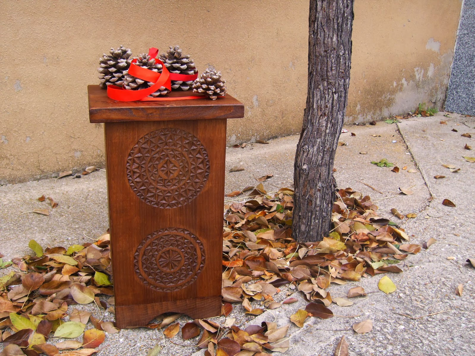 Madera de casta o piezas que arropan estancias for Madera de castano