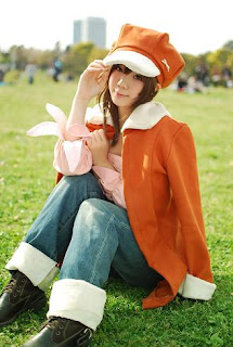 Kousaka Yun cosplay as Nadeko Sengoku from Bakemonogatari