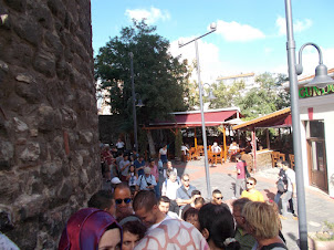 """Tourist queue for entrance to """"Galata Tower"""" observation deck."""