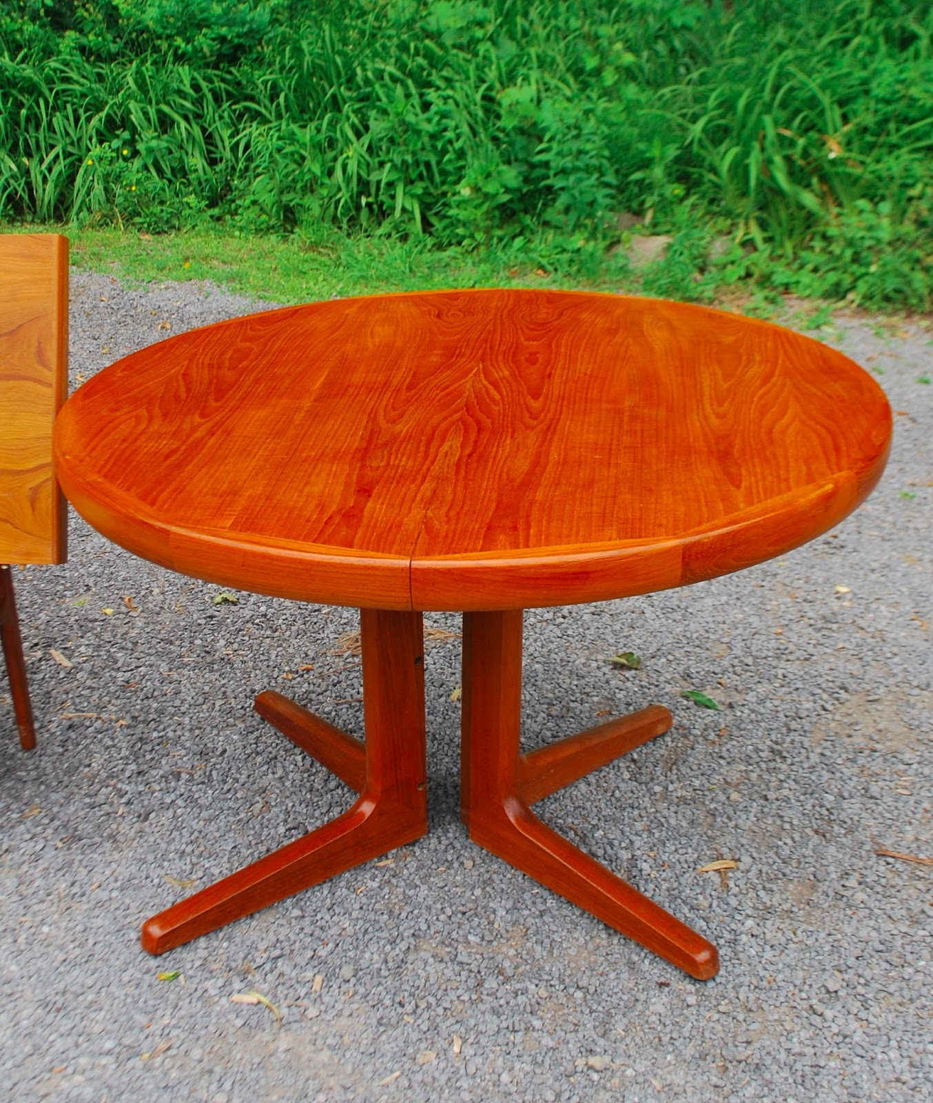 D Scan Teak Dining Table