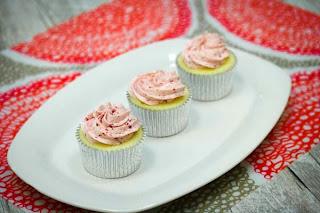 raspberry-cupcakes