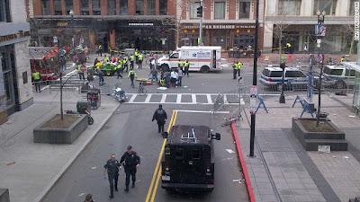boston-marathon-explosion-photos-4