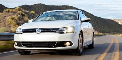 2013 Volkswagen Jetta Turbo Hybrid white
