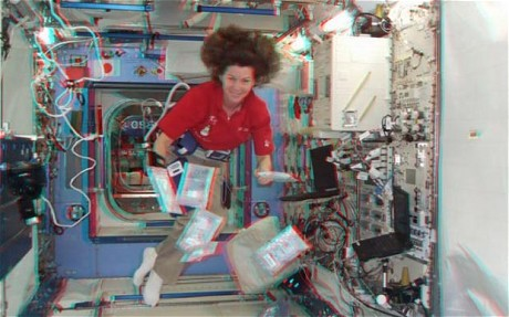 Gambar 3D pertama di dunia dari angkasalepas