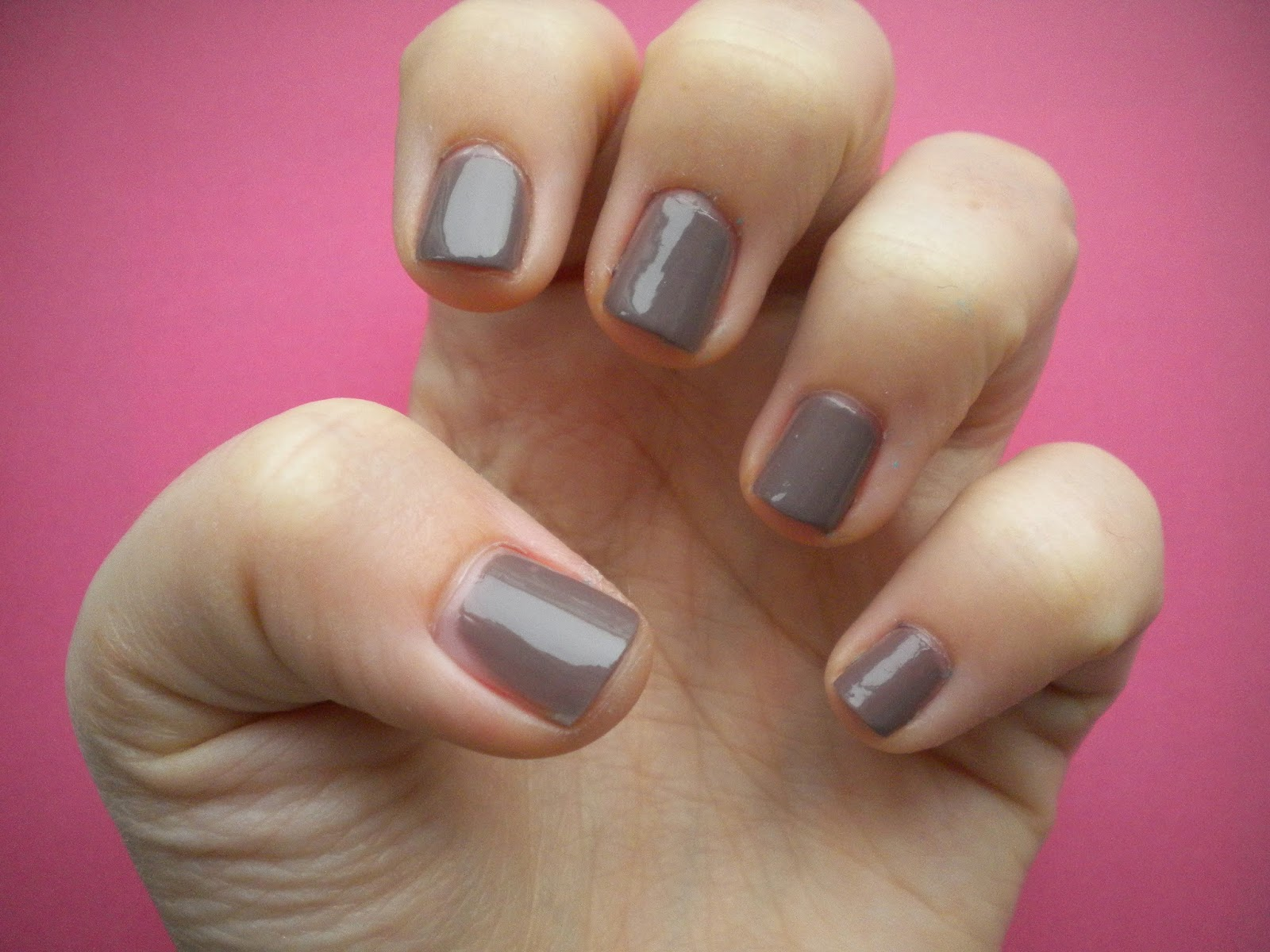 Addicted to nails...: Trying Some More Natural Polishes: NYC\'s Park Ave.