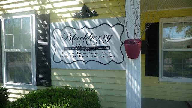 Middle Tennessee Crafts Local Business Shabby Decor And Handmade Crafts At The Blackberry